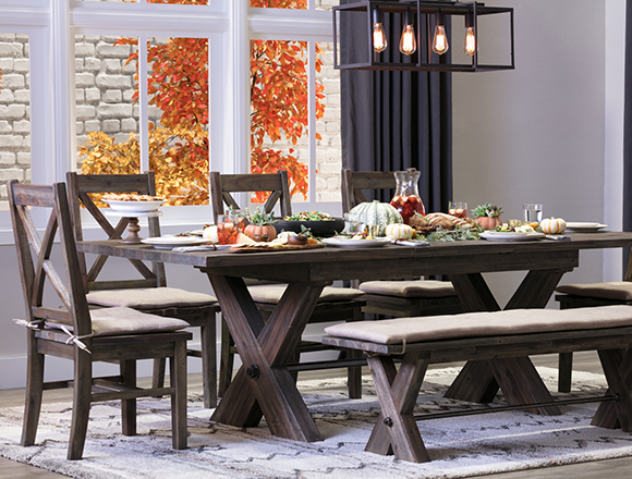 Country/Rustic dining room with Mallard dining set