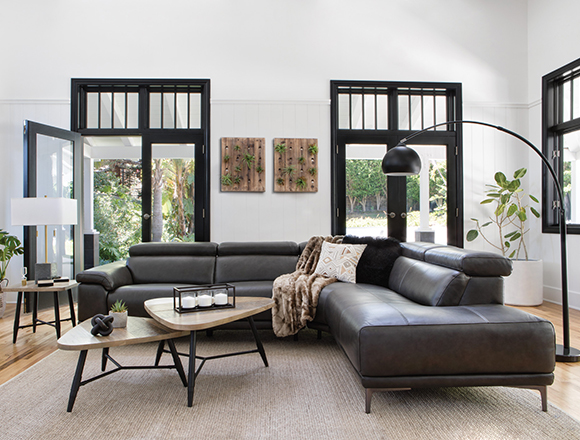 transitional Living room with tatum sofa