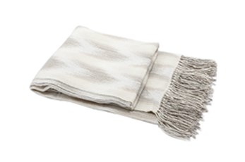 Accent Throw-Muted Chevron Taupe
