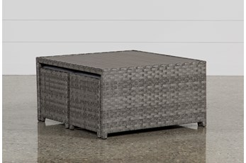 Outdoor Varadero Cocktail Table W/Two Ottomans