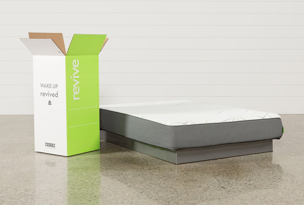 R1 Plush Queen Mattress