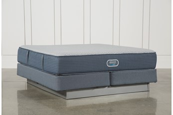 Ventura Plush Eastern King Mattress W/Foundation