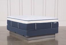 Blue Springs Plush Queen Mattress W/Foundation