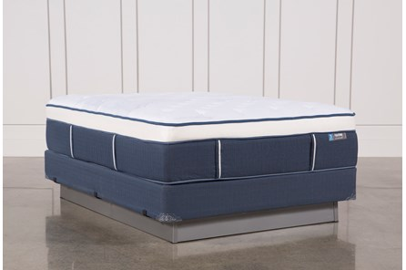 Blue Springs Plush Queen Mattress W/Foundation
