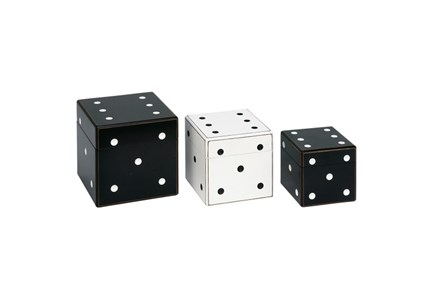 3 Piece Set Black And White Dice Box